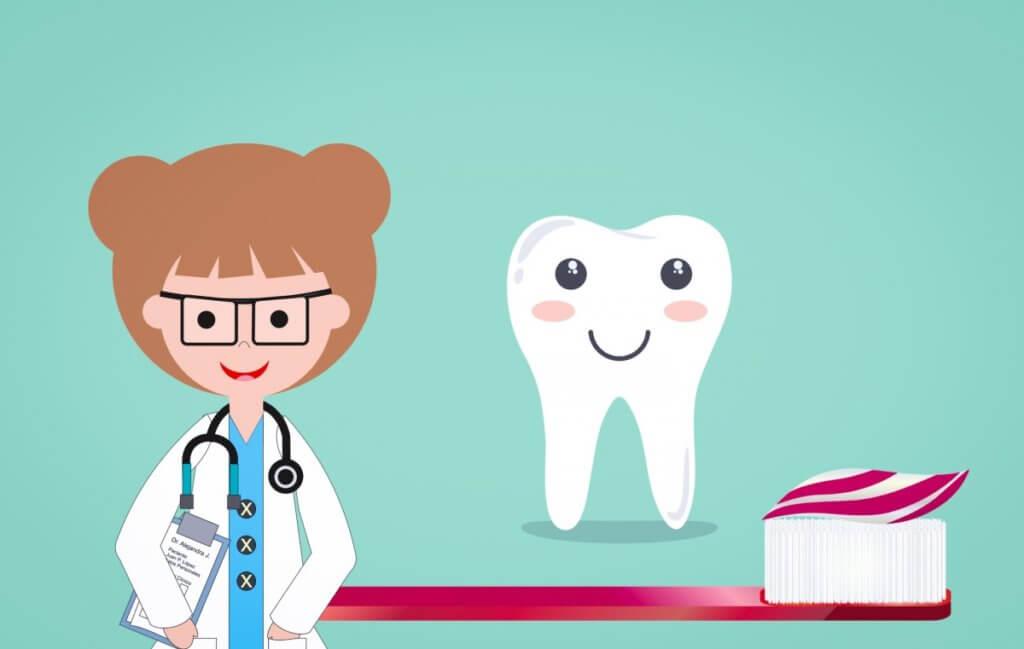 Отбеливание зубов при помощи активированного угля
