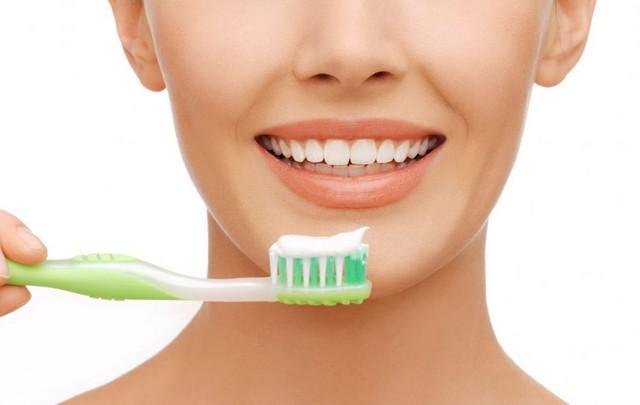 Правильный домашний уход — залог здоровья и крепости зубов